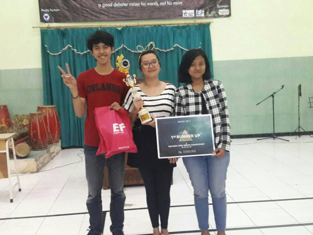 1st runner up SMASH Open Debate